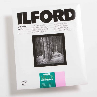 Ilford MULTIGRADE IV FB DELUXE Brillo 18x24 (25 Hojas)