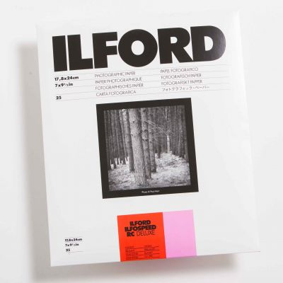 Ilford ILFOSPEED RC DELUXE Brillo 18x24 (25 Hojas)